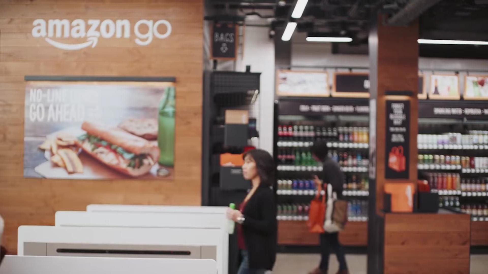 33b71cce Amazon GO – butikken uten kasser. Gjennom kameraer, sensorer og  maskinlæring skaper de en sømløs handleopplevelse. Se film HER. Foto:  Amazon.
